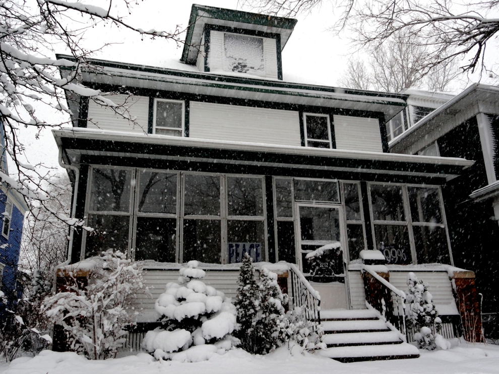 Snowstorm, 9 December 2012, Minneapolis, by Chris Ellis